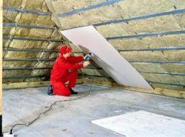 Монтаж утеплителя на мансардной крыше